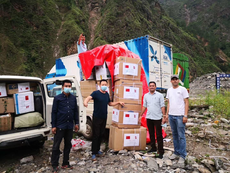 चीनले भरतपुर महानगरपलिकालाई पठायो ३१ लाख बराबरको स्वास्थ्य सामाग्री